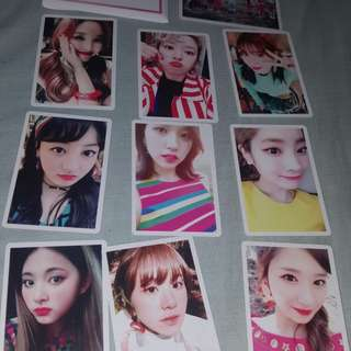 TWICE SIGNAL White Photocards
