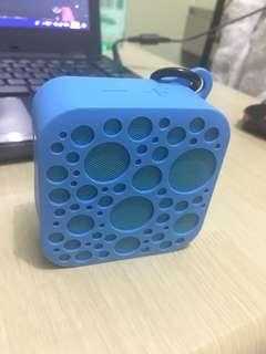 Yell portable speaker