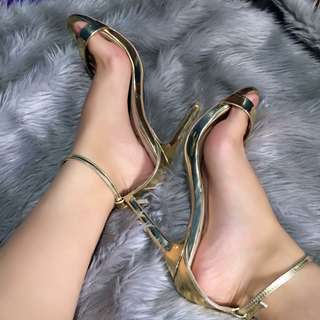 Gold stiletto
