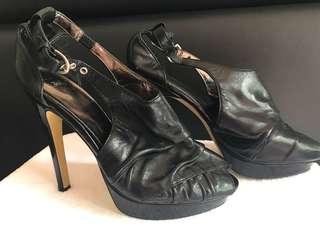 Zu peep toe heels