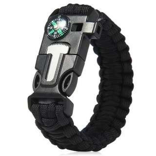 5 in 1 Outdoor Survival Gear Escape Paracord Bracelet Flint / Whistle / Compass / Scraper for Camping, Hiking, Travelling