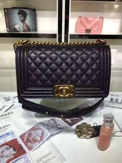 Chanel Le boy in caviar leather GHW