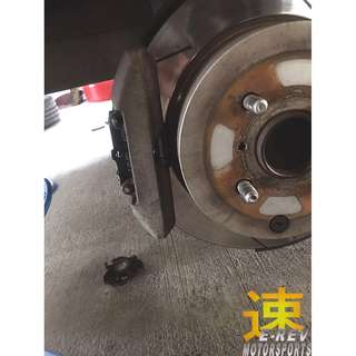 Toyota Vios NCP42 Brembo Slotted Brake Rotor & Brake Pad (Front Set Only)
