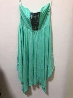 🚚 Roxy 綠色平口洋裝