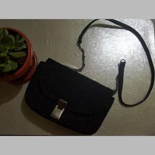 BUY4TAKE1 REPRICED! Preloved Black Bag (Terranova)