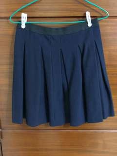 寶藍色半截裙