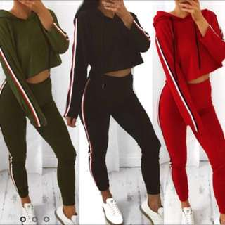 [limited] Kendall Striped Crop Hoodie And Sweat Pants Set