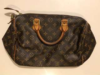 Authentic Louis Vuitton LV leather bag with top handle  LV Speedy