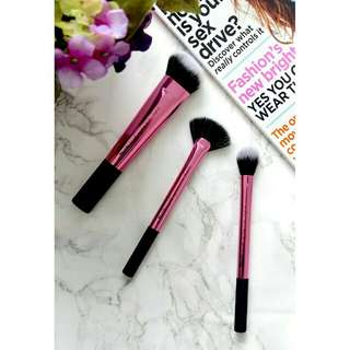 Real technique sculpting set brush