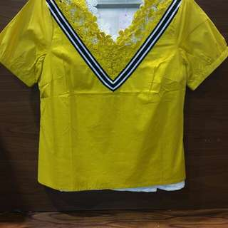 REPRICE!!!  Tulipica Lis Blouse