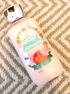 BATH&BODY WORKS Georgia Peach Body Lotion