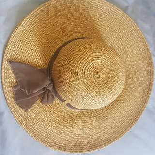 Big Floppy Beach Hat