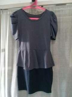 Mini dress warna abu-abu