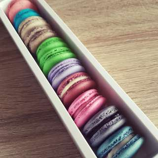 11pcs Premium Flavour Macarons
