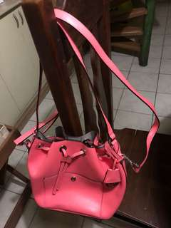 Michael Kors Bucket Bag (Peach)