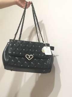 🚚 黑色肩背包(原價990)