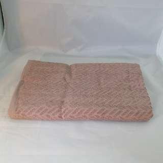 Brand New 100% Cotton Jacquard Bath Towel