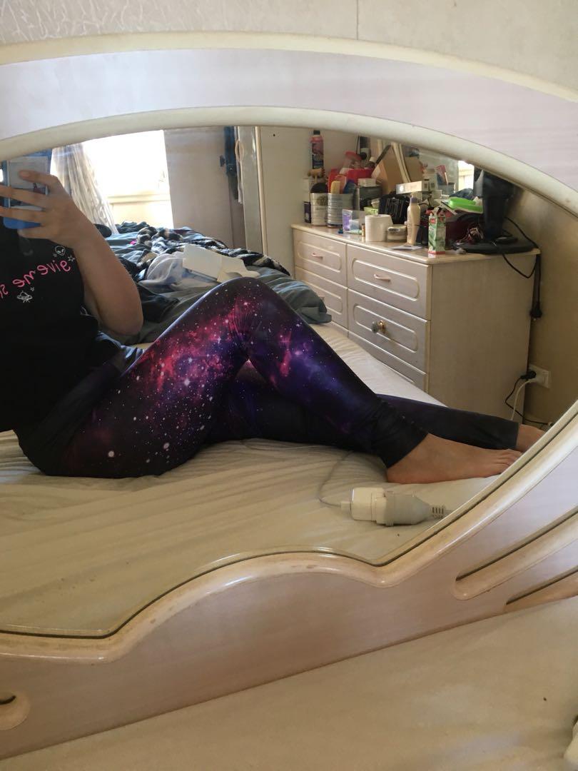 Galaxy tights + space shirt