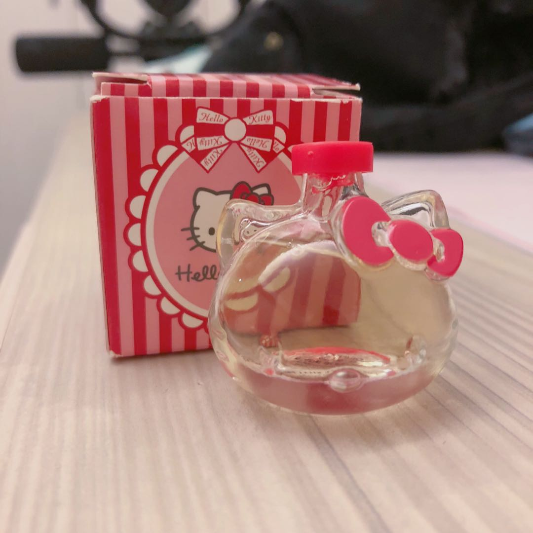 Hello kitty 造型小香水