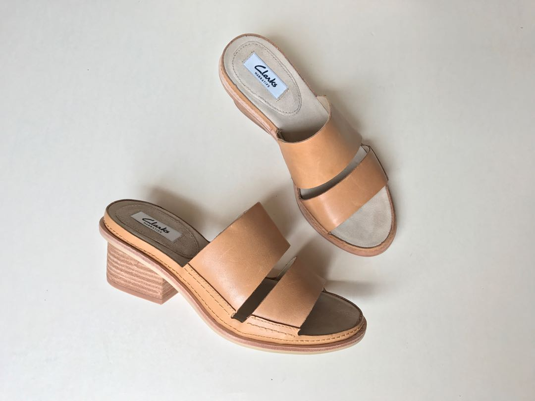 bc799db32 💯Original Brand New CLARKS Leather Ladies Sandal