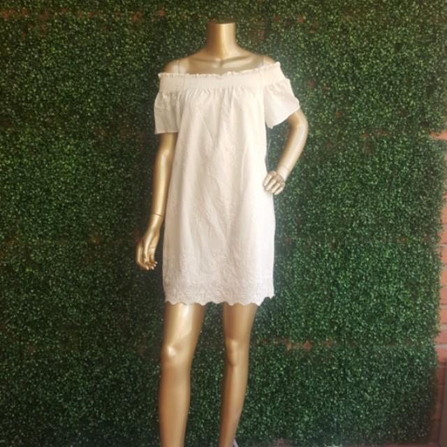 ZARA BASIC Cream colour Embroidered Mini Dress