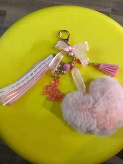 Unicorn 🦄 Pink Pom Pom charm Keychain (Instock)