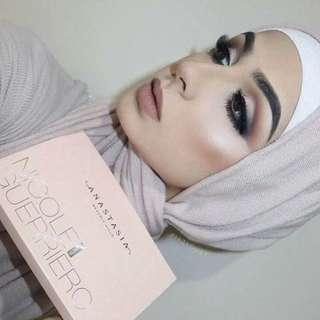 Modern Renaissance Eyeshadow/Highlighter