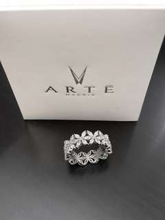 New $2800 ARTE Madrid 925 Sterling Silver white stones Eternity Collection Floweret Ring~Size 6  歐洲品牌ARTE優雅銀色花戒指