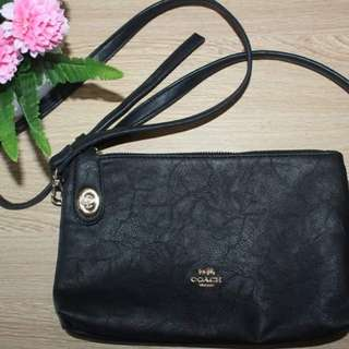 Coach Authentic Sling