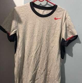 Retro Nike dri-fit tee