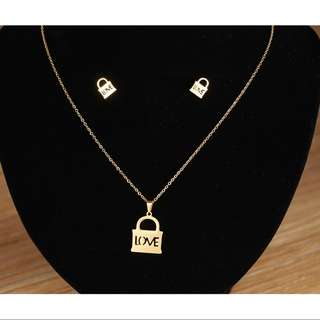 🎀 2 in 1 Stainless Steel Necklace with Earrings
