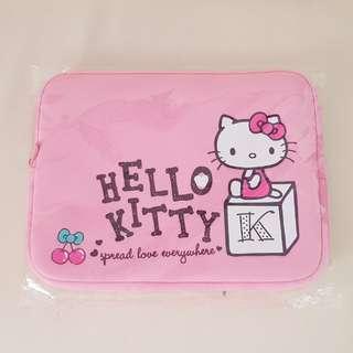 BN HELLO KITTY LAPTOP BAG/SLEEVE
