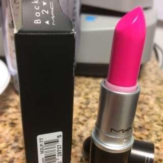 MAC Candy Yum-Yum Matte Lipstick (Neon Pink)