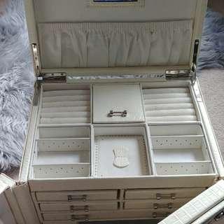 White Leather Jewelry Box Organizer