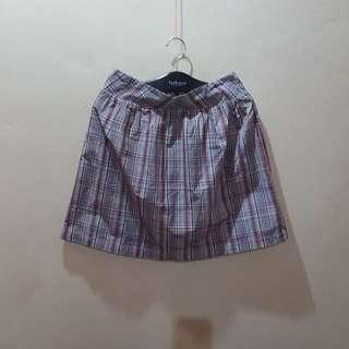 Korean fashion checkered skirt