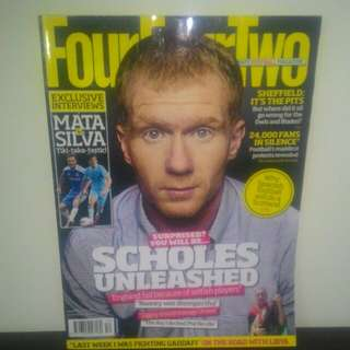 FOOTBALL Magazine FourFourTwo (UK) - DEC 2011
