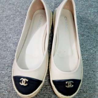 PRE-LOVED Chanel Espadrilles