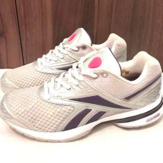 Charity Sale! Authentic Original Reebok Easytone Size 8US Women's Running Shoes pre-loved