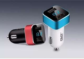 SAST Digital Car USB And Voltage Reader