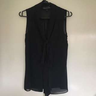 Forever new top Size 4
