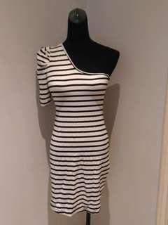 One shoulder Striped dress
