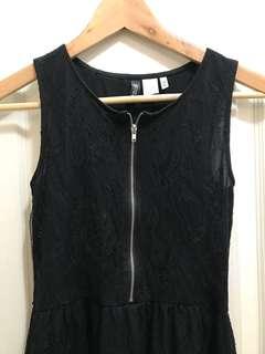 XS Black lace dres