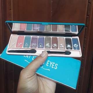 EH eyeshadow play color