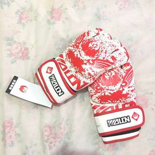 Muay Thai Boxing Gloves(red)