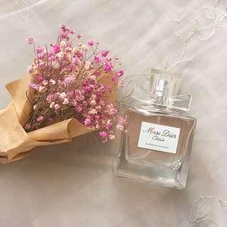 🚚 🌺Miss Dior 香水五成新含運🌸