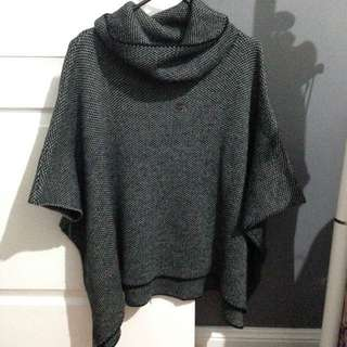 Batwing turtleneck knit poncho