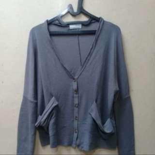 Sweater Abu2