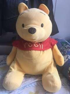 Winnie the pooh  公仔