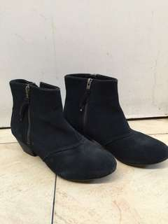 PROMOD Black Suede Boots