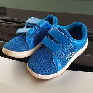 Shoe Size 23